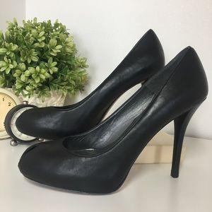 Stuart Weitzman Black Matte Stiletto Heels size 7